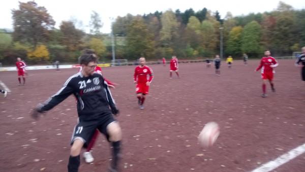 TuS Brake organisiert Fußball für Flüchtlinge